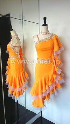 Социальный танец платье платье фитнес-модель / L2067・оранжевый и белый・7 млн 5 тыс. иен