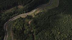 ADAC Zurich 24h-Rennen // FIA WTCC Noch ca. 7 Wochen! und die Nürburgring-Nordschleife wird zum Schauplatz eines ganz besonderen Motorsportevents. Die FIA-Tourenwagen-Weltmeisterschaft gastiert beim 24h-Rennen. Die Tourenwagen-Piloten Rob Huff und Tom Coronel blicken voller Respekt auf dieses Spektakel und ihr erstes Zusammentreffen mit der Nordschleife.