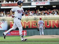 Kepler goes 4 for 4 in Twins 9-5 win over Angels