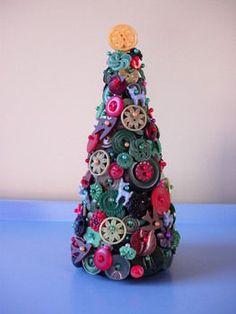 Button Christmas Tree.