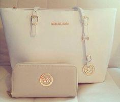 Micheal Kors white Handbag