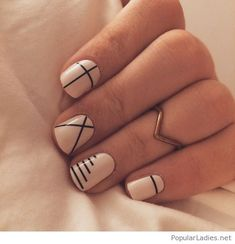 Line nail art designs is probably the simplest way to achieve a unique nail style. The versatility of these nail designs allows you to choose a unique set of options. Black and white nails are common in line nail art designs, perhaps because they loo Minimalist Nails, Summer Minimalist, Minimalist Style, Minimalist Design, Minimalist Fashion, Simple Fall Nails, Cute Nails For Fall, Fall Nail Art Designs, Line Nail Designs