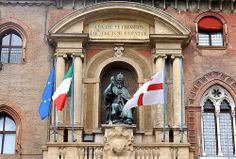 Statue of Gregorio XIII by A. Minganti and A. Censori (1576-1580) in the portal designed by Galeazzo Alessi and Domenico Tibaldi, built between 1555-1580; Bologna, Italy
