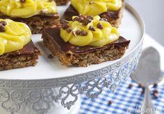 Daimkake med gulkrem i langpanne - Elin Larsen Let Them Eat Cake, Sweet Tooth, Deserts, Food And Drink, Sweets, Cookies, Chocolate, Baking, Recipes