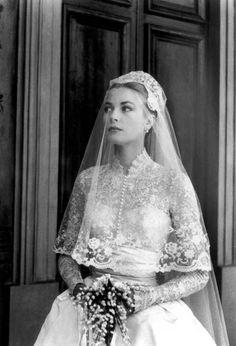 Grace Kelly #wedding #lace #vintage