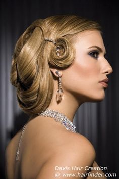 Chic pin curls.