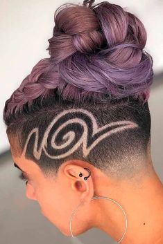 An undercut for women is a great way to upgrade their look no matter whether the. Undercut Hairstyles Women, Undercut Women, Short Hair Undercut, Edgy Haircuts, Fringe Hairstyles, Retro Hairstyles, Short Hair Cuts, Shaved Hairstyles, Bridal Hairstyles
