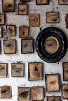 Creepy Ideas for Halloween Wall Art and Printables - Deco - Kunst Halloween Illustration, Lovers Eyes, Art Plastique, Art Inspo, Gallery Wall, Artsy, Wall Art, Artwork Wall, Wall Decor