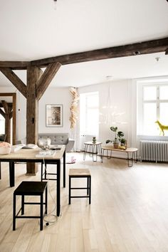 scandinavian style, blonde wood and metal legs, house plants, clean and simple Nordic Home, Scandinavian Home, Loft Spaces, Living Spaces, Living Rooms, Interior Architecture, Interior And Exterior, Rustic Country Homes, Danish Interior Design