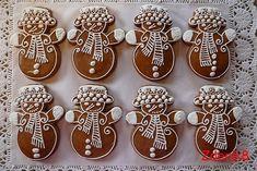 Chocolate Christmas Cake, Cute Christmas Cookies, Xmas Cookies, Christmas Gingerbread, Christmas Goodies, Christmas Baking, Cake Cookies, Gingerbread Cookies, Christmas Fireplace