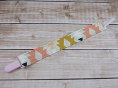 Universal Pacifier Clip, Fits on any brand of pacifier, and its washable! - Cabooties