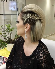 Braided Hairstyles for Short Hair in 2019 Side Braid for Short Hair Girls Short Haircuts, Short Hairstyles For Thick Hair, Short Brown Hair, Braids For Short Hair, Short Hair Cuts, Short Hair Styles, Layered Hairstyles, Undercut Hairstyles, Box Braids Hairstyles