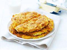 Teeleivät ovat oiva valinta, kun haluat valmistaa nopeasti jotain lämmintä leivonnaista väli- tai iltapalalle. Ihana tuoksu leviää keittiöön! Sipaise teeleivän päälle nokare voita tai hiukan marmeladia.