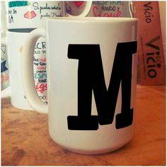 Tazon XL para tomar mas cafe ! Te! Chocolate caliente! Con la incial de tu nombre! Reserva el tuyo! $5000