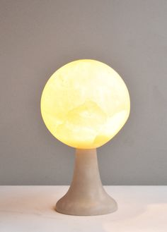 Spherical Alabaster Table Lamp by Angelo Mangiarotti