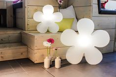 Fleur lumineuse blanche changement couleur LEDs