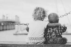 BAMBINI CHE FANNO RUMORE: Ogni bambino si salva come può