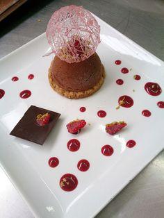 Sabayon grand cru, crème brûlée framboise, streuzel pistache et sorbet verveine framboise...