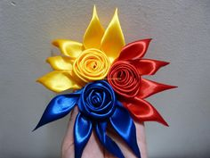 flores y moños combinados en cinta raso para el cabello paso a paso