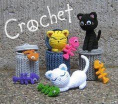 Crochet cats