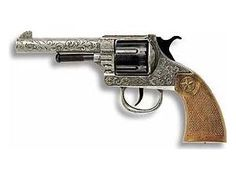 The Edison Oregon is a 12 shot cap gun that is perfect for children and adults to play with. This model comes complete in a display box. The Edison 12 shot super disc caps are suitable for use with this model.