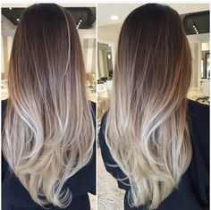 Honey balayage is a golden mean between highlights in blonde and brown. That's why it looks great on almost any base hair color. Cabelo Ombre Hair, Baliage Hair, Balayage Hair Blonde, Ombre Balayage, Balayage Hairstyle, Baylage, Beautiful Haircuts, Gorgeous Hair, Hair Looks