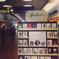 We are proud of our new special made Ib Antoni display at Illums Bolighus in Copenhagen Airport. The display has four sides and on two of them we tell a short story about Ib Antoni and our new reproductions. Already the feed back is great, so we are really excited