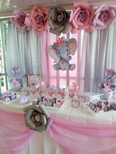 Tiny Home Interior elefante elephant Baby Shower Party Ideas Baby Girl Shower Themes, Girl Baby Shower Decorations, Baby Shower Princess, Baby Shower Favors, Shower Party, Baby Boy Shower, Girl Baby Showers, Babyshower Themes For Girls, Elephant Baby Shower Centerpieces