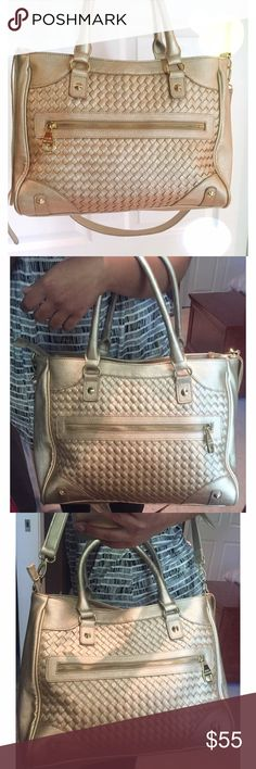 Gold Steve Madden Such a beautiful bag, used once for a trip. In perfect condition, clean inside, can be worn on shoulder, cross body, or wrist. Vibrant gold color.                                                                       Please use the offer button  No trades  No offline transactions   Smoke free - Pet free home  Happy Poshing! ❤️ Steve Madden Bags