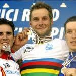 2005 Worlds: Elite men's podium (L-R) Alejandro Valverde (Spain), Tom Boonen (Belgium) and Anthony Geslin (France)