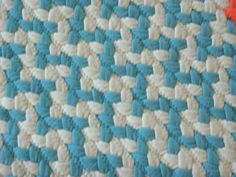 Design your own chevron braided rug made from cotton jersey