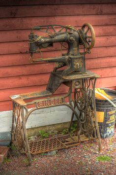 Singer Sewing a la Harbour Grace | Flickr - Photo Sharing!
