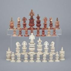 Anglo-Indian Turned and Carved Ivory Chess Set, Kashmir, early/mid 19th century
