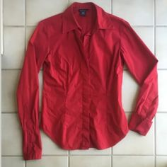 """Moda International RED French Cuff Button SHIRT S Brand: Moda International (Victoria's Secret brand)  Color: Dark Red, Cranberry Red, Brick Red  Fabric: 96% Cotton 4% Lycra Spandex  Style: Button Down Shirt, Stretch, Collar, French cuffs, Fitted - darts at bust  Small  Approx. measurements: Bust = 18.5"""" flat / 37"""" around, Length = 25"""", Sleeve Length = 24""""  EXCELLENT Used Condition - no stains, no holes, no tears - see pics for best details...  Machine Wash Cold. Tumble Dry Low.  Tag info…"""