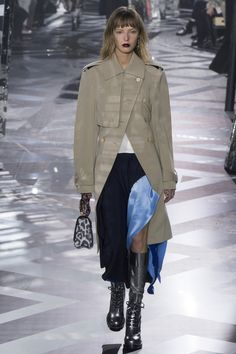 Louis Vuitton, Look #13