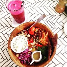 @seacircus delivering the goods! Nourish bowl and beetroot juice hit the spot #seacircusbali #seacircus #vegan #vegetarian #nourishbowl #lowcarb #paleo #ashybines #cleaneating #tiu #bbg #kaylasarmy #kaylaitsines #weightlossjourney #balilife #thebalibible by petricec