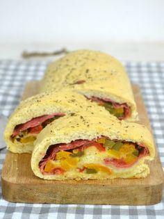 Stromboli o pizza enrollada. Receta italiana | Cuuking! Recetas de cocina