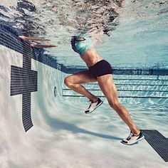 See why you should start adding water aerobics into your workout routine. Swimming gives you a total-body workout that will burn off calories and fat as you swim and exercise in the water for a low-impact, but challenging aerobic workout. Water Aerobic Exercises, Swimming Pool Exercises, Explosive Workouts, Pool Workout, Water Workouts, Cardio Workouts, Swimming For Exercise, Hiit, Swimming Videos
