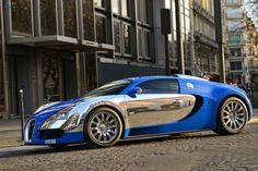 Bugatti Veyron Blue/White Style. Like a Boss.