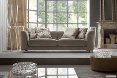 Stunning Modern Living Room Furniture - http://www.dedecoration.com/home-design-ideas/stunning-modern-living-room-furniture.html