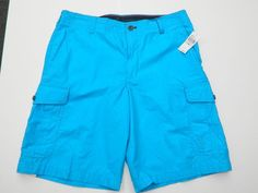 New Men's Shorts Size 32 IZOD Casual Cargo Shorts New with Retail Tags Attached