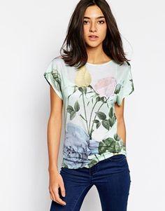 Ted Baker T-Shirt in Distinguishing Rose Print