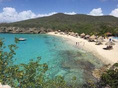 De mooiste stranden, leukste feesten en het lekkerste eten op Curaçao. De places to be om je eerste keer op het prachtige eiland onvergetelijk te maken. Nieuwsgierig? Lees mijn blog! https://travelblogbizz.wordpress.com/2016/06/15/5tipsvooreenonvergetelijketijdopcuracao/