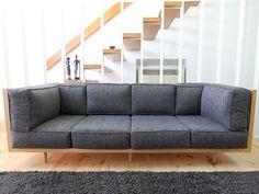 diy furniture I möbel selber bauen I couch sofa daybed I inspiration Wood Frame Couch, Wooden Couch, Wood Sofa, Pallet Sofa, Diy Furniture Easy, Diy Furniture Couch, Living Room Furniture, Furniture Design, Homemade Furniture