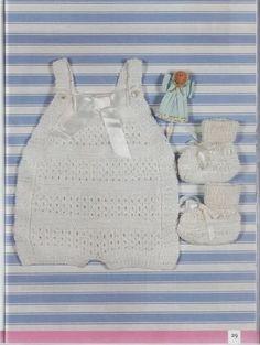 LO que HAGO en mi CASA: Ropita de Bebe Dos Agujas(patrones y enlaces) Crochet Girls, Love Crochet, Crochet For Kids, Crochet Baby, Knit Crochet, Knitting For Kids, Baby Knitting Patterns, Crochet Patterns, Jumper Shorts