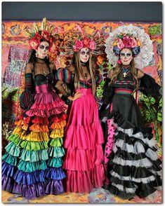 Halloween 2019, Halloween Make Up, Halloween Party, Halloween Sewing, Halloween Horror, Halloween Ideas, Costume Catrina, Sugar Skull Kostüm, Mexican Fashion