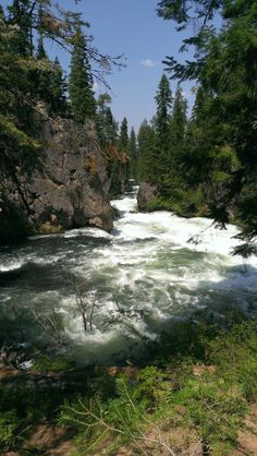Benham Falls are rapids of the Deschutes River located between Sunriver and Bend, Oregon, United States.