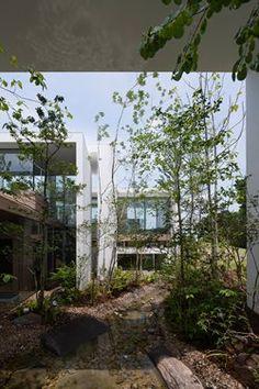 КОСМИЧЕСКИЙ, Фукуяма, 2014 - UID Architects & Associates