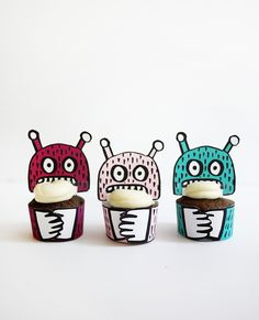Printable Monster Mini-Cupcake Holders | Oh Happy Day!