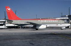 Northwest Airlines Boeing 737-200